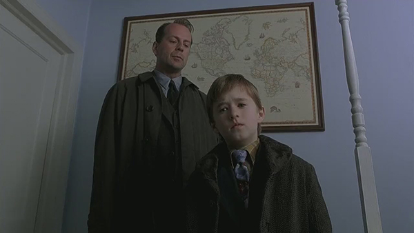 Haley_Joel_Osment_I_am_either_your_father_or_a_ghost