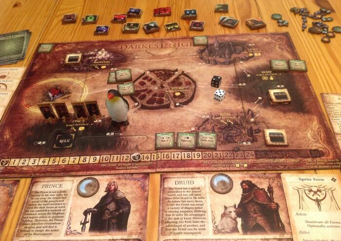 Fantasy boardgame Darkest Night is no Mage Knight - Quarter